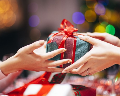 Idei speciale de cadouri pentru colegi