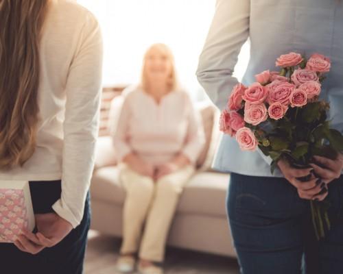 Cele mai bune recomandari de cadouri pentru bunica